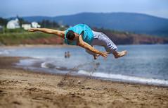 Circus Practice (Danny VB) Tags: gaspésie practice flip circus man beach playa plage capdespoir quebec canada summer canon 6d action photo photography ef135mmf2lusm