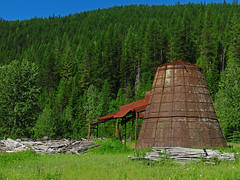 Yaak, Montana (al-ien) Tags: montana charcoal landscape rusted rustedstructure yaak