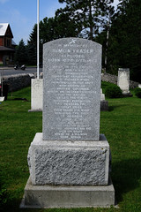 Simon Fraser and his wife's tombstone in St. Andrews West, Ontario (Ullysses) Tags: simonfraser furtrader explorer northwestcompany fraserriver standrewswest ontario canada summer été standrewsparisholdburialground1784 tombstone grave