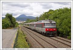 SNCF 67566+67574 - Clermont Ferrand - IC15957 (02-07-2017) (Vincent-Prins) Tags: sncf bb67400 67566 67574 clermontferrand cevenol ic15957