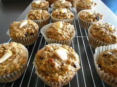 Muffin Lady .. (Mr. Happy Face - Peace :)) Tags: muffin oats apple fruit healthychoices hearty food art2017 metallic homebaking