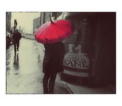 Citizen Rain (bruXella & bruXellius) Tags: citizenrain citizenkane umbrella redumbrella regenschrirm rot parapluie rouge glasgow schoolofart gsa scotland schottland uk ecosse rain rainyday rainyweather street