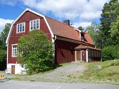 Björkö-Arholma skola (2) (tompa2) Tags: skola skolhus byggnad hus björköarholma björkö uppland sverige roslagen gavel