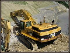 Caterpillar 365B (DaveFuma) Tags: caterpillar 365b escavatore cingolato ruspa cava miniera quarry plant excavator crawler tracked kettenbagger raupenbagger steinbruch