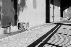 Crate and can (Occasionally Focused) Tags: pentax justpentax affinityphoto smcpdal35mmf24al k30