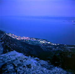 Bol (HolmisticWalker) Tags: fujivelvia100 rvp 6x6 square fujihunt6xe6 yashicamat124g brač croatia blue hour bol