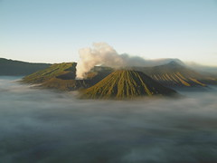 Mount Bromo in early morning (Vincent Christiaan Alblas) Tags: bromo mountbromo volcano indonesia java