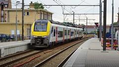 AM 08138 - L125 - ANDENNE (philreg2011) Tags: am08 am08138 desiro andenne l125 l20144950 l20144989 sncb nmbs trein train