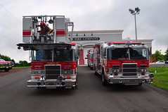 Eagle Volunteer Fire Company Tower Ladder 46 and Engine 46 (Triborough) Tags: pa pennsylvania buckscounty newhope evfc eaglevolunteerfirecompany firetruck fireengine ladder tower towerladder ladder46 tower46 towerladder46 pierce lance engine engine46 dash