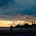 Sonnenuntergang am See mit Gewitterwolken