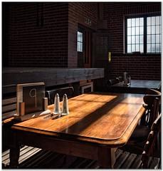 Table nine (Hugh Stanton) Tags: salt pepper canteen institute stage