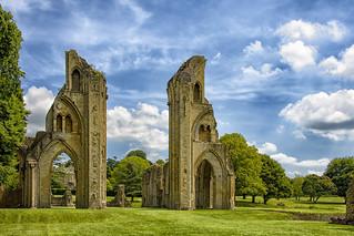 Glastonbury: sulle tracce di re  Artù  ... (1)