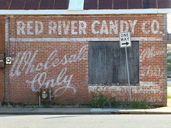 Alexandria, LA Red River Candy Co (army.arch) Tags: alexandria louisiana la redriver candy company painted sign faded