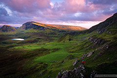 Big Big World (Stefan Liebermann) Tags: quiraing scotland schottland isleofskye isle water lake see nature natur landscape landschaft sun sonne sunset dawn abend sonnenuntergang mountain mountains rocks berge felsen hill hills hügel personen persons people travel sky clouds himmel wolken colorful farben