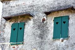 Isola dei pescatori - Lago Maggiore - Italy (frank28883) Tags: isolapescatori isolasuperiore verbanocusioossola verbano persiane lagomaggiore lakemaggiore langensee lacmajeur finestre