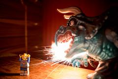 DSC_0138 (estebanolivaresmuñiz) Tags: infancia toys juguetes creativo creatividad imaginacion dragon fuego legos lego toy childhood chile juguete dragones niños