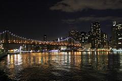 Midtown Scene (tracktwentynine) Tags: newyork newyorkcity rooseveltisland queensborobridge