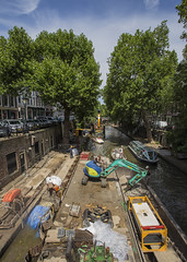Works on the wharfs (Explore # 39) (JoCo Knoop) Tags: utrecht oudegracht explore