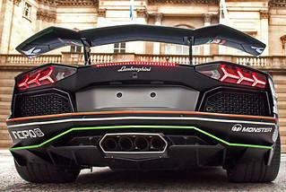 GUMBALL 3000  (Lamborghini Aventador)