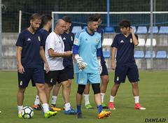 Juan Carlos saliendo del campo (Dawlad Ast) Tags: real oviedo requexon asturias españa futbol soccer entrenamiento julio 2017 pretemporada juan carlos portero