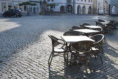 """""""Anybody here???"""" - Market-place in Hildburghausen. (:Linda:) Tags: germany thuringia town hildburghausen marketplace townhall streetcafé table chair cobblestone cobbledstone"""