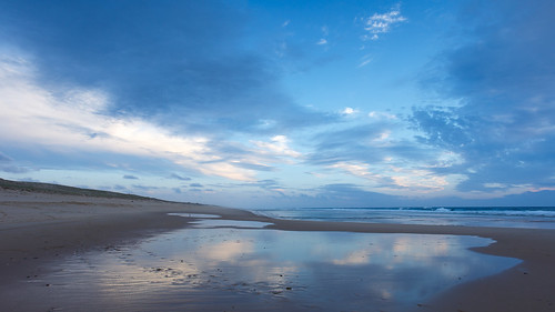 Cloudy blue hour at the beach