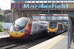 VT 390103 and XC 220017 @ Macclesfield (ianjpoole) Tags: virgin trains class 390 pendolino 390103 hero cross country 220 voyager 220017 working 1a19 manchester piccadilly london euston 1m22 southampton central