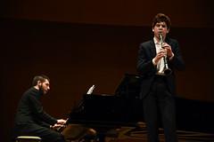 Daniil Serdyukov, clarinetista, junto al pianista profesional Brais González