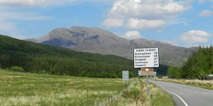 Fuar Tholl(2,976ft), West Highalnds of Scotland, May 2017 (allanmaciver) Tags: fuar tholl wellington nose iron duke 2976 feet corbett road sign post allanmaciver west highlands scotland roadside wester ross
