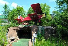 Abandoned Mini Golf (Cragin Spring) Tags: abandoned minigolf golf miniaturegolf plane decay decaying miniaturegolfcourse minigolfcourse
