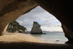 Cathedral Cove, Coromandel Peninsula (RossCunningham183) Tags: cathedralcove coromandelpeninsula narnia newzealand northisland sea rockformations hahei arch seacave gatewaytonarnia