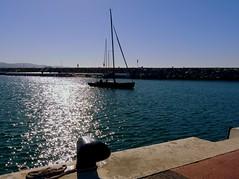 Saliendo del  puerto (camus agp) Tags: barcos puertos mar norays reflejos agua españa veleros azules