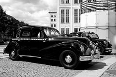 Hallo Taxi! (ingrid eulenfan) Tags: 2leipzigautoclassic2017 auto car automobil taxi old fahrzeug
