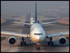 Jet Airways Airbus A330-200 VT-JWV Mumbai (BOM/VABB) (Aiel) Tags: jetairways airbus a330 a330200 vtjwv bombay mumbai canon60d