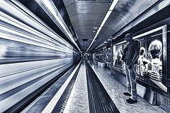 Universita 13 (isnogud_CT) Tags: universita ubahn underground bahnhof statione neapel italien