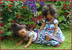 Die Minis ... (Kindergartenkinder) Tags: dolls himstedt annette park blume garten kindergartenkinder essen grugapark personen blumen sommer leleti