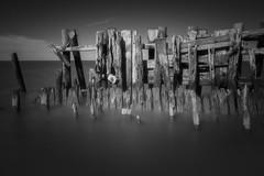 Hot and Hazy Day (Thomas Pohlig) Tags: blackandwhite beach bay seashore sea series ocean wood weatheredwood weathered monochrome jersey jerseyshore capemay