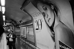 * (doistrakh) Tags: slr olympus om4ti zuikoautos40mmf2 filmcamera vintagecamera 135 film monochrome bw blackandwhite travel europe spain espana streetphotography madrid metro