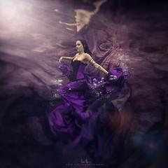 Pattie (wesome) Tags: adamattoun underwaterphotography underwaterportrait ikelite
