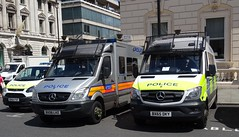 Met Police - BX64 FSF & BX08 LHZ & BX65 DKY (999 Response) Tags: metropolitan police 999 england london van mercedes benz sprinter met bx64fsf bx08lhz bx65dky