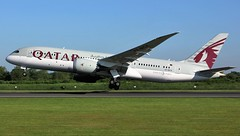 A7-BCX (AnDyMHoLdEn) Tags: qatar dreamliner 787 oneworld egcc airport manchester manchesterairport 23l