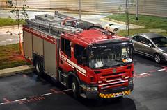 Singapore Civil Defence Force Scania P270 Pump Ladder (PL) 332 (nighteye) Tags: singaporecivildefenceforce scdf scania p270 pumpladder pl332 ym6413m singapore