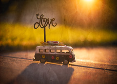 love, sunshine and texture (auntneecey) Tags: lovesunshineandtexture sunrise vwbus toys hss sliderssunday 365the2017edition 3652017 day197365 16jul17