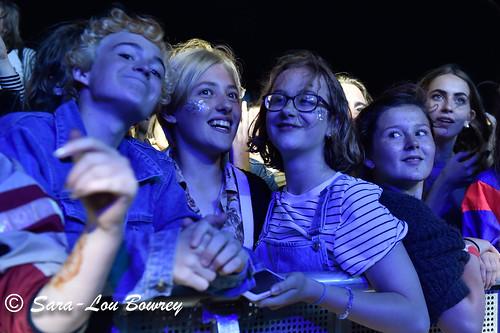 crowds ar Zooquarium