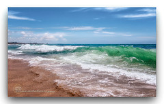 AGUAMARINA. (manxelalvarez) Tags: coloraguamarina esmeralda agua costa mar nubes cielos paisajes