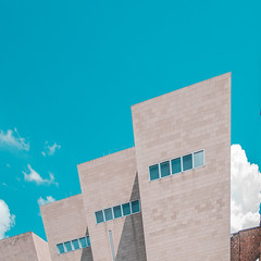 Wallraff-Richartz-Museum Cologne (room76com) Tags: sunny summer clouds cloudy museum cologne color perspective architecture germany exhibition art fineart classic facade building city concrete creative lightroom adobe