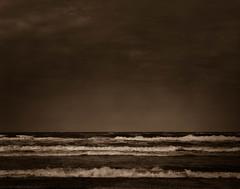 Okeanos (Rosenthal Photography) Tags: dänemark ff120 20170708 color brandung mittelformat urlaub nordsee c41 kodakektar100 stand asa100 analog mamiya7 6x7 sepia okeanos ocean sea northernsea danmark beach seascape landscape mamiya 150mm kodak ektar epson v800