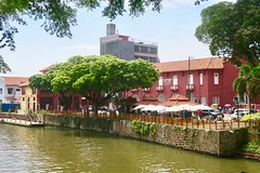 "Malacca/Melaka city looks like a little Venice in Malaysia  July 2017 #itravelanddance • <a style=""font-size:0.8em;"" href=""http://www.flickr.com/photos/147943715@N05/36000195856/"" target=""_blank"">View on Flickr</a>"