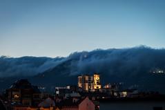 Oviedo al caer la noche (ccc.39) Tags: asturias oviedo ciudad monte naranco noche nubes cielo edificios