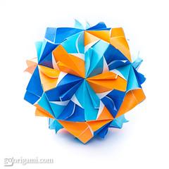 Origami Sonobe (Maria Sinayskaya) Tags: folded kamipapercolorwhite kusudama mariasinayskaya modularorigami origami origamisonobe square мариясинайская